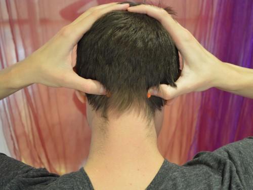 Vrata zavesti (GB 20 – Žolčnik) Pozitivni učinki: Lajša glavobole, zastoje v glavi, artritis, bolečine v vratu in razdražljivost.