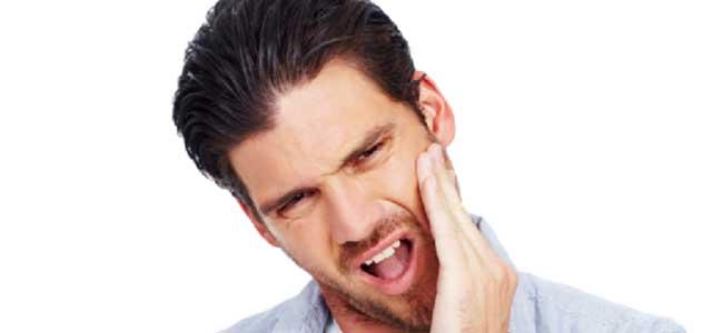 odpravite bolećine v čeljusti s pomočjo akupresure