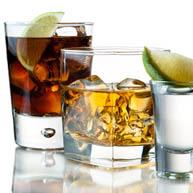 Alkohol povzroča dodatno obremenitev za že tako obremenjena jetra.