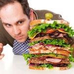 velik obrok škoduje nizkemu pritisku