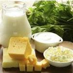 Kalcij pridobimo s prehrano z uživanjem jajc, mlečnih izdelkov, mandljev in soje.