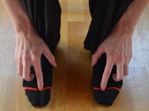 Vmesna pot (Lv 2 - Jetra) Pozitivni učinki: Lajša drisko, bolečine v trebuhu, glavobole in slabost.
