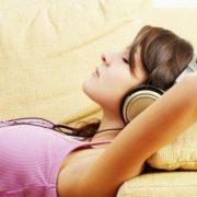 nespečnost-slušalke-451×451